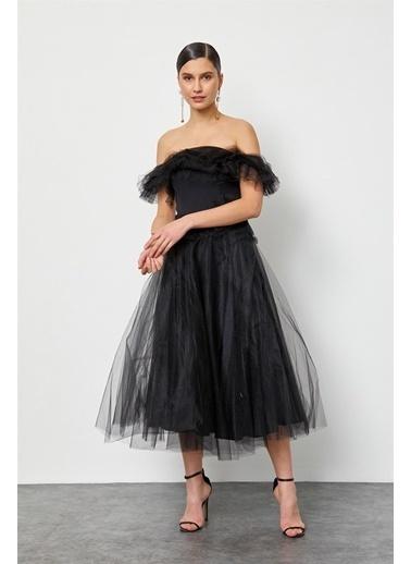 Setre Siyah Düşük Omuz Tül Abiye Elbise Siyah
